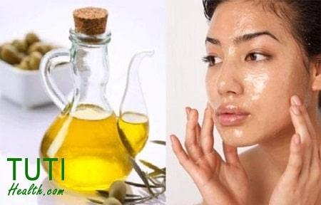 Cách tẩy trang bằng dầu oliu sạch nhất