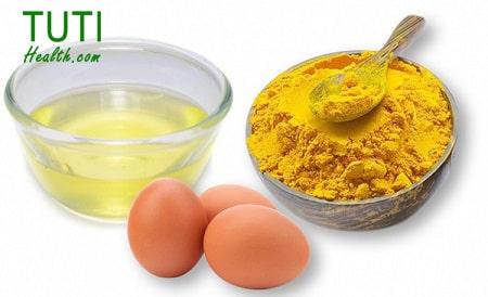 Cách trị mụn bằng trứng gà và bột nghệ