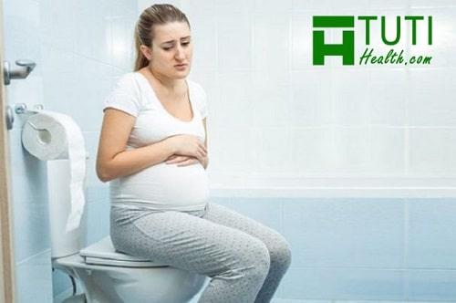 Bị đau bụng đi ngoài khi mang thai phải làm sao