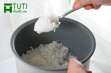 Thực đơn ăn cơm giảm cân khoa học