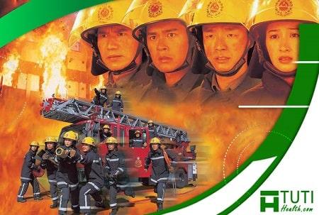 Cổ Thiên Lạc vào vai Lưu Hải Bách trong bộ phim Cuộc Chiến Với Lửa sản xuất năm 1998