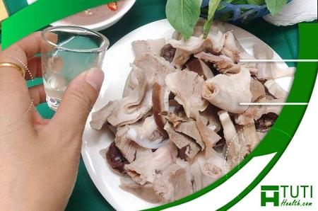 Ăn lòng lợn nhiều có gây hại gì không ?