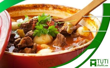 Thịt bò xay, thịt bò hầm khoai tây, thịt bò sốt vang là những món ăn từ thịt bò dành cho người bị đau răng