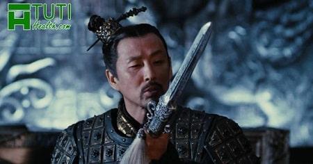Anh hùng - Hero (2002) là một bộ phim về đề tài Hoàng đế Tần Thủy Hoàng với sự góp mặt của nam diễn viên phim võ thuật Lý Liên Kiệt